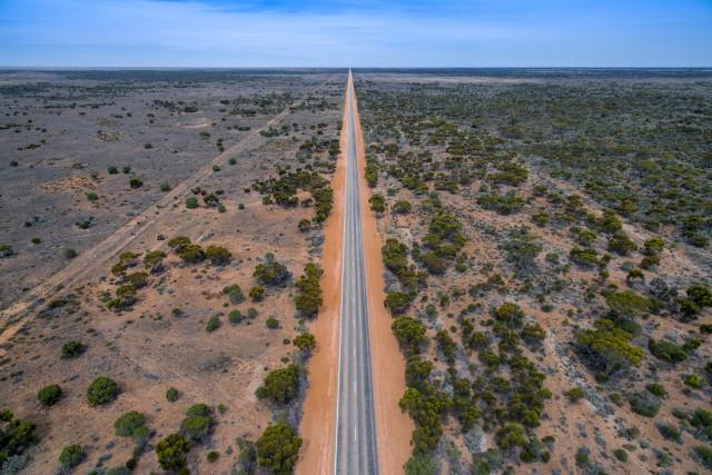 HWY 1 – 90 miles long stright road near Balladonia in Western Australia