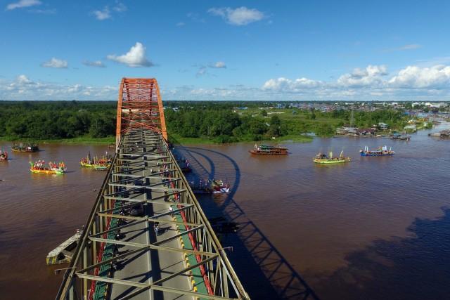 Jembatan Kahayan, Palangkaraya, Central Kalimantan, Indonesia