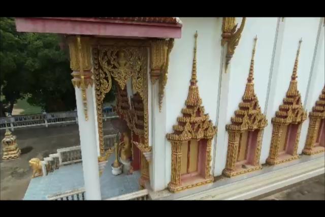 Temple along the road somewhere in Sanam Yae, Kanchanburi, Thailand