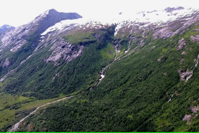 The Bøyabreen Glacier