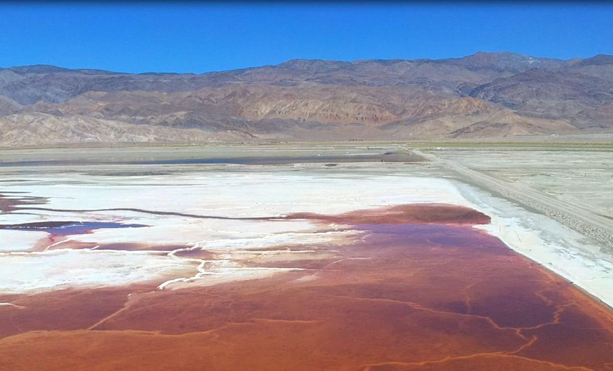 Owens Dry Lake, California, USA