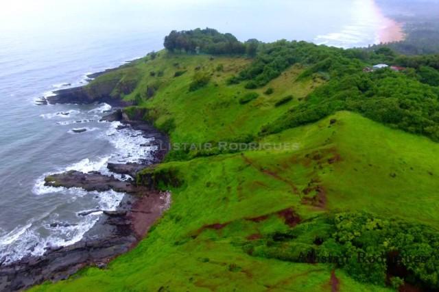 Near Fort Aguada, Sinquerium-Candolim, Goa