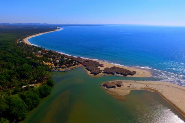 Playa la Bocana, Marquelia, Guerrero, Mexico. https://www.google.com.mx/maps/@16.5593743,-98.8060397,15.87z
