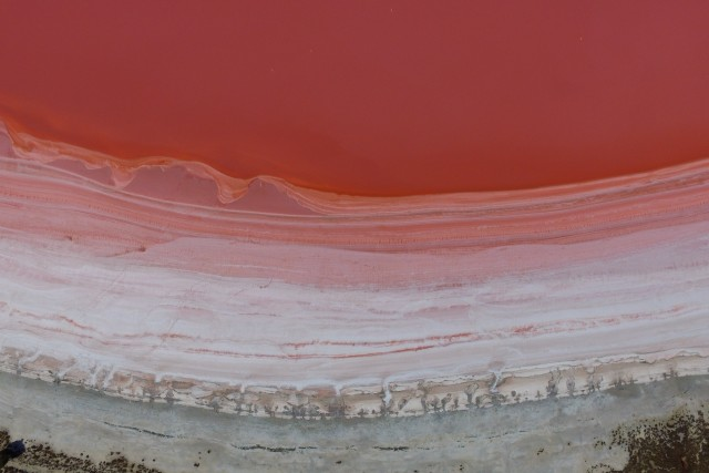 Pink Lake  (Loch lel)