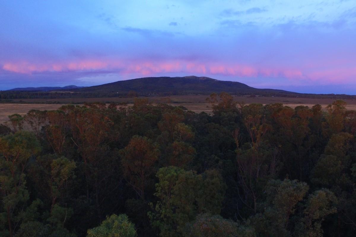 vista cerro de las animas desde el balneario de bella vista