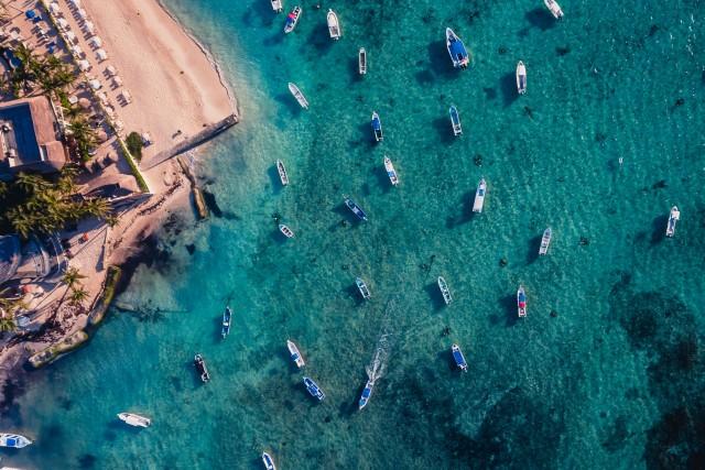 Boats & boats