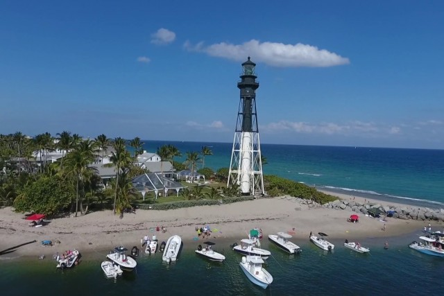 Drone Flight Over Lighthouse Point, Florida