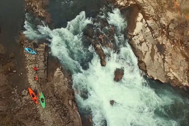 kayaks sur les Gorges de l'Hérault