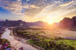 Sunset on Van Vieng