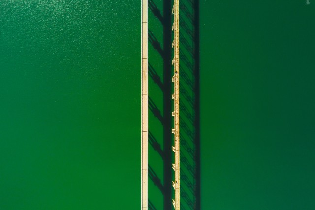 MInimal bridges
