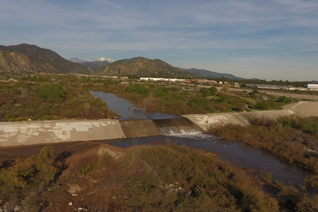 San Gabriel River Azusa,Ca Water fall