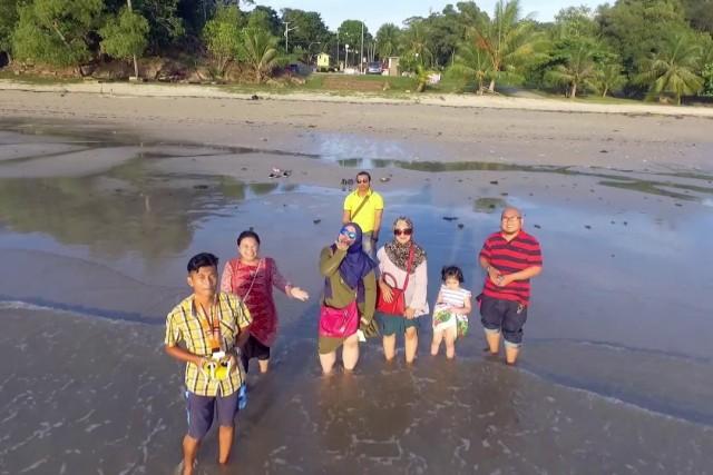 Raya family holiday
