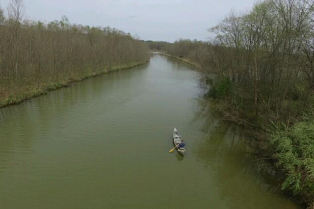 Canoeing Lake Lemon