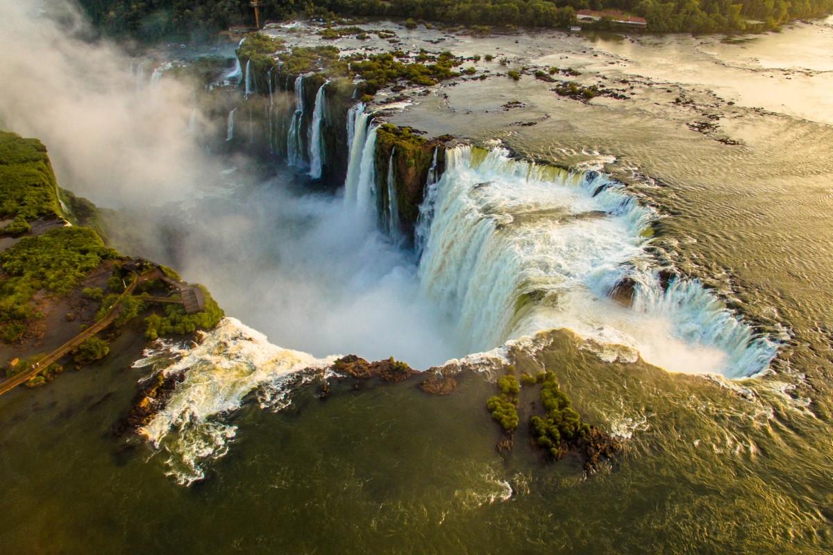 Devil's throat – Iguazu Falls