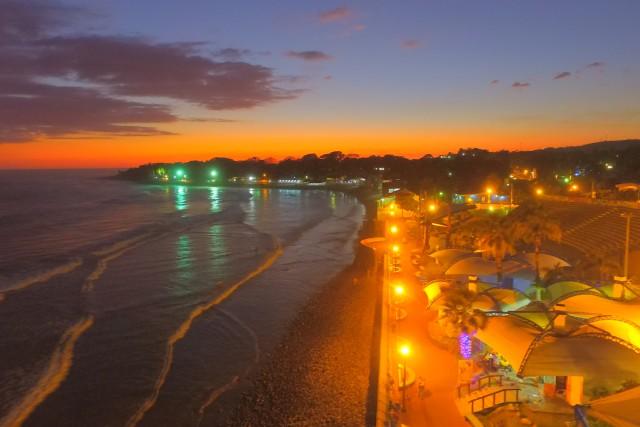 Puesta de Sol en Puerto de La Libertad