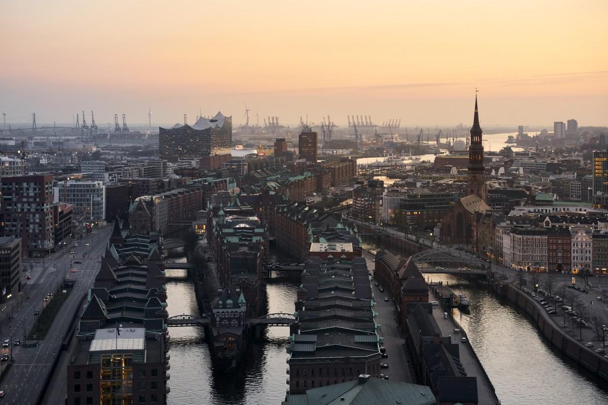 Sunset Elbphilharmonie Hamburg