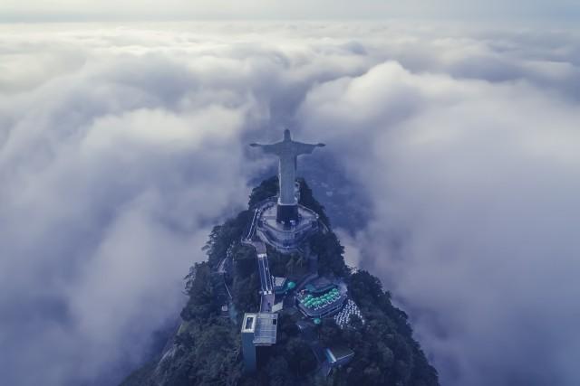 With Arms Wide Open – Cristo Redentor, Rio de janeiro / Brasil