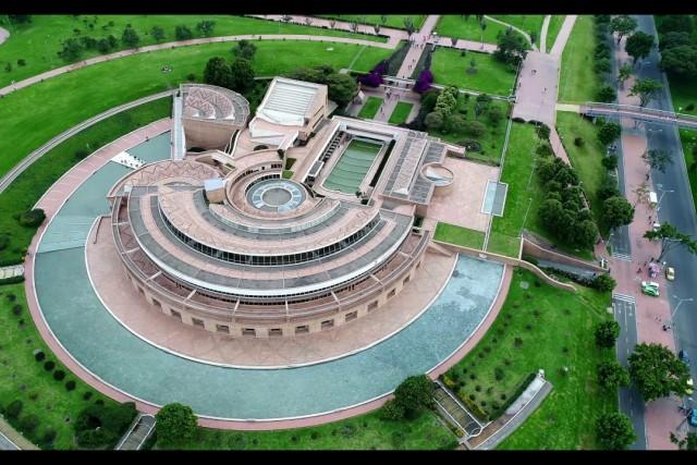 Drones Sky Zoom: Parque Simón Bolívar y Biblioteca Virgilio Barco