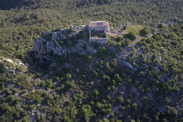 Little chapel / Ermita de Santa Magdalena