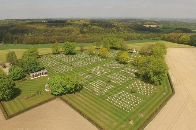 Then & Now | Above historical battlegrounds (Groesbeek, Nijmegen, 1944)