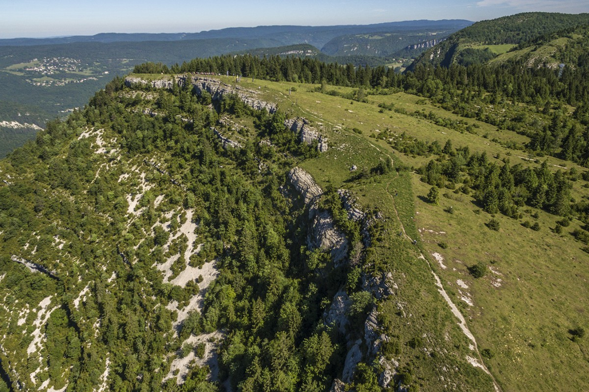 énorme réduction 1e9fd 5baca View from the Belvedere de la Roche Blanche in the Jura ...