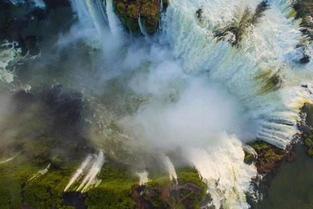 Devil's throat cenital – Iguazu Falls