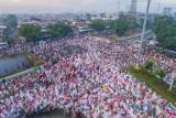 Idul Fitri Pray, Jakarta, June 25th, 2017