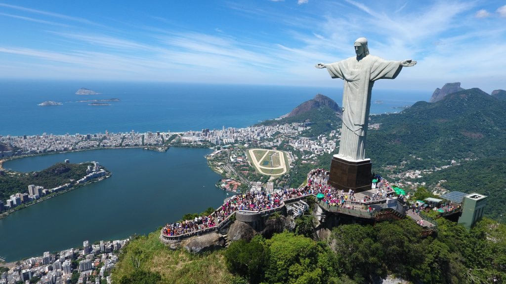 christ the redeemer Discover the fascinating history of one of brazil's most iconic tourist attractions in rio de janeiro – christ the redeemer.