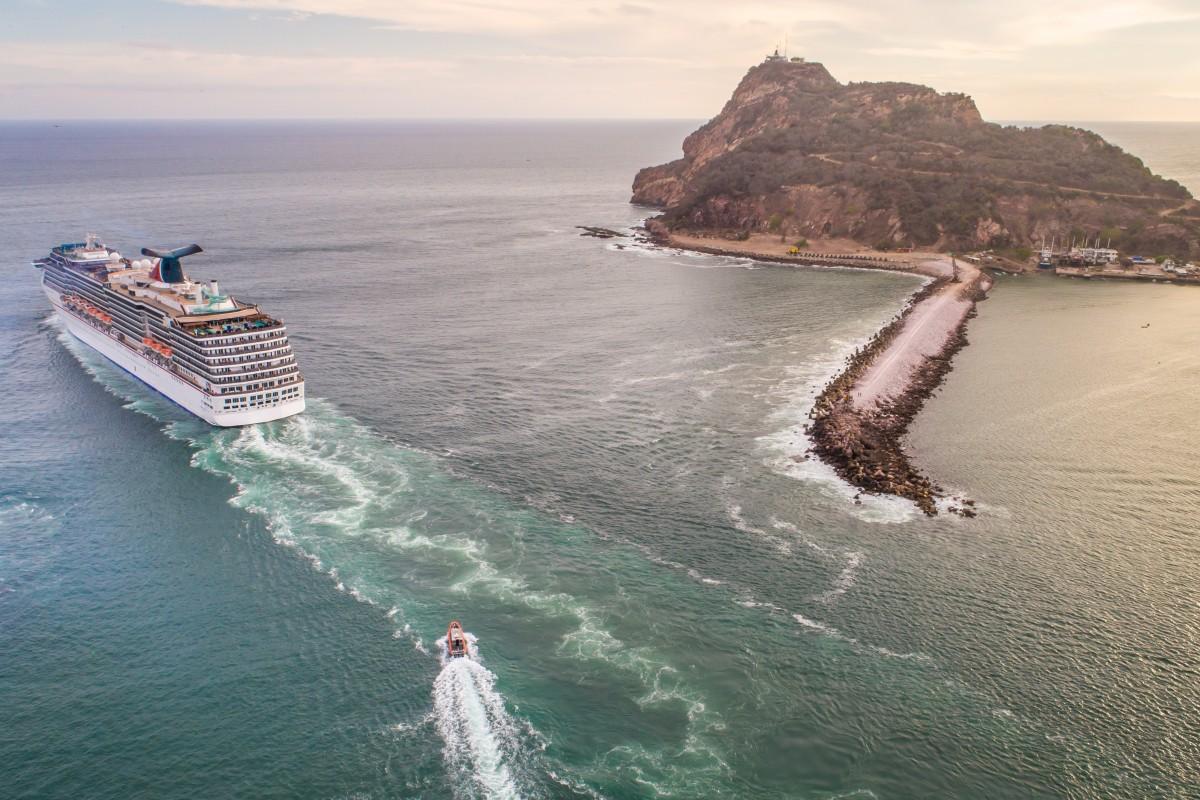 Sailing away from Mazatlan