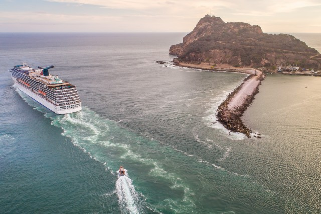 Sailing away from Mazatlan
