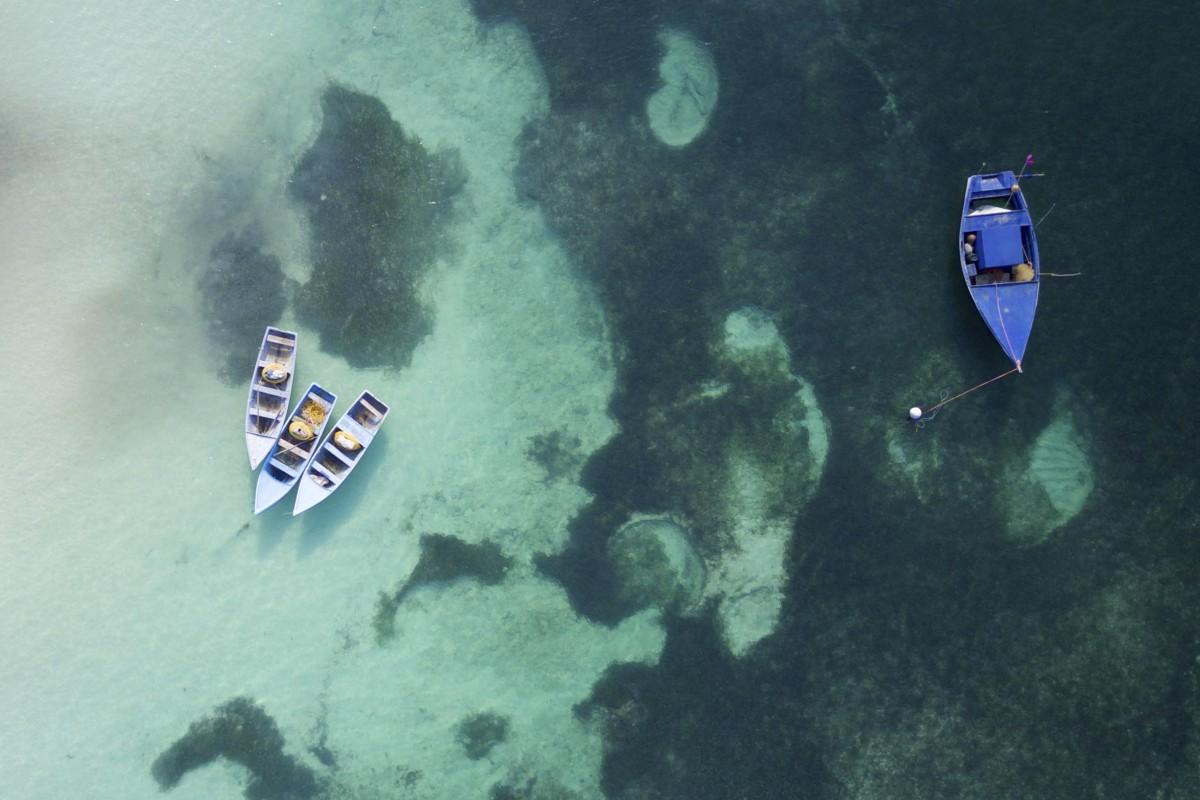 Yin-Yang boats