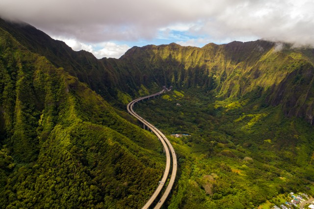 Highway 3, Honolulu, Hawaii, USA
