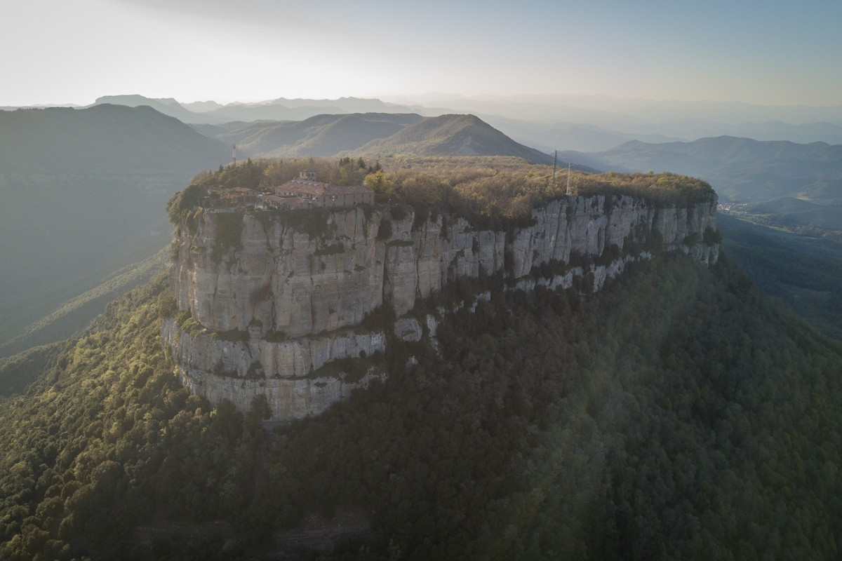 Singles del Far, Far Sanctuary – Catalnoia, Spain