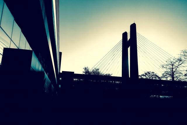 Bridging China