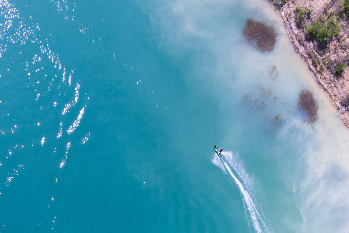 Jetsurfing in the paradise