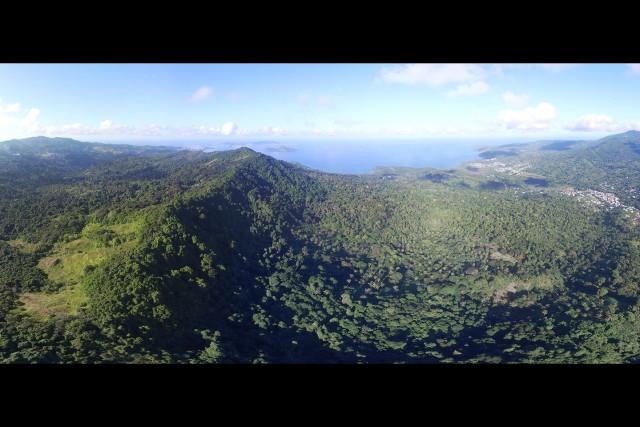 Mayotte, une île dans un océan de forêt tropicale