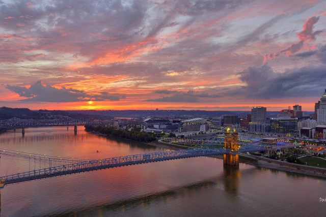 Sunset over the Roebling Bridge, Cincinnati, Ohio, USA