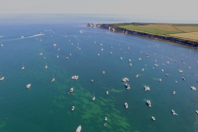 Watch your space! Speed boats traffic jam in Dorset, England