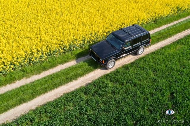 Jeep XJ in rape field