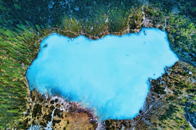 Sorapis lake in Dolomites
