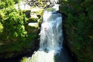 Le Doubs et ses chutes (Suisse)