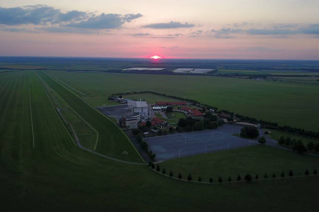 Sunset offer Newmarket Rowley Mile racecourse