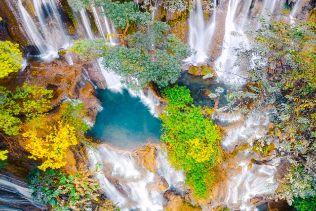 The magic waterfall of Kuang Si