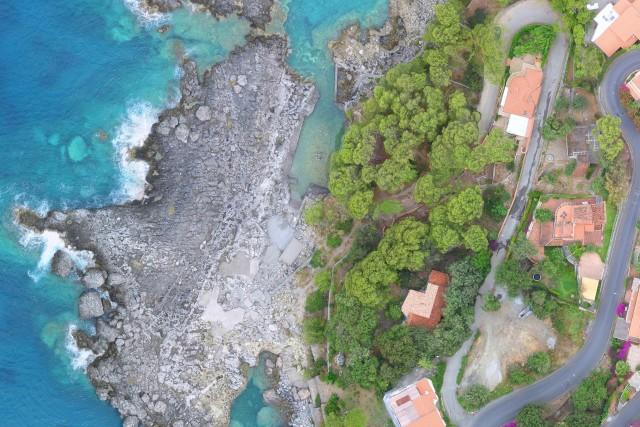 Pool between the rocks – Maratea (PZ) – Italy