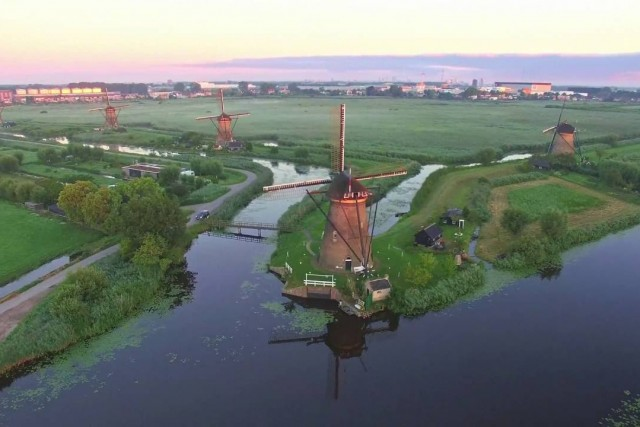 Historic windmills Kinderdijk, the Netherlands