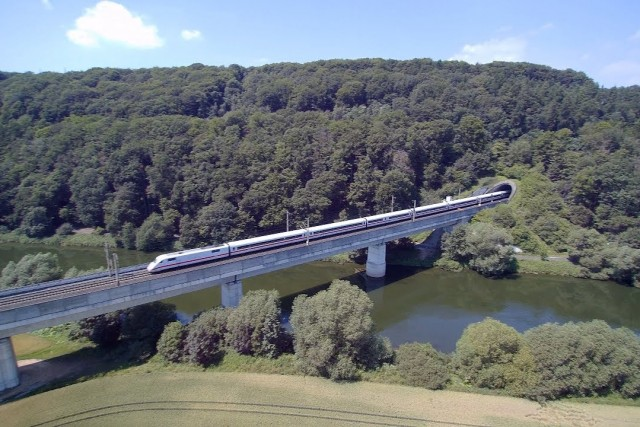 SFS Brücke bei / bridge at Fuldabrück & Gleisdreieck Kassel
