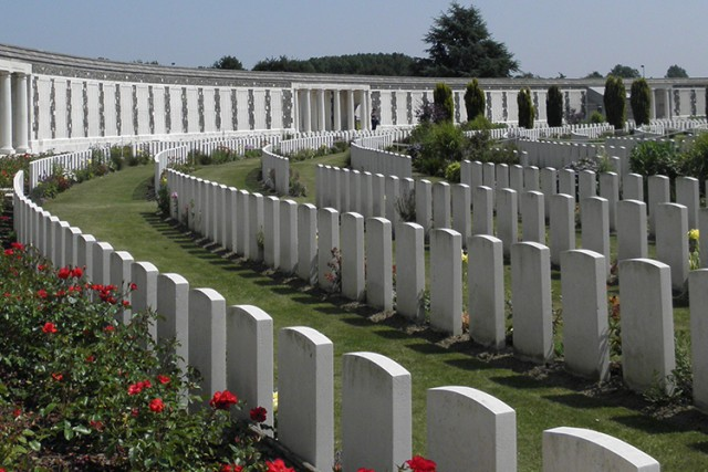 Book Somme and Flanders Battlefields Tour