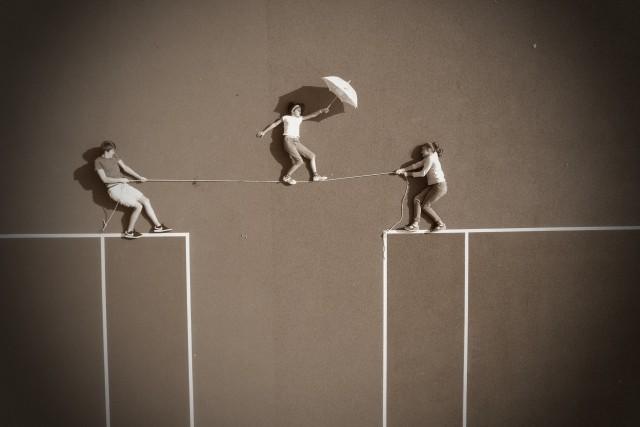 Life on a string / la vie ne tient qu'à un fil…