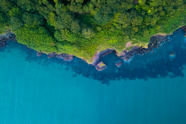 Tropical Devon – Hope Cove – Coastline Aerial