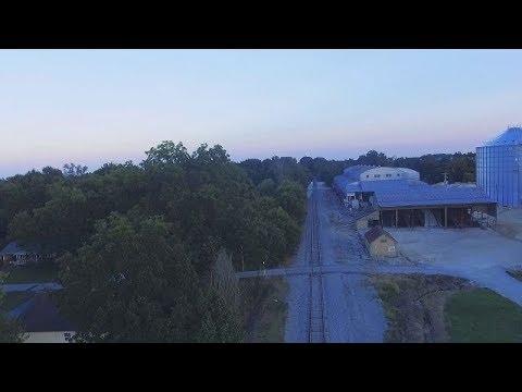 DJI Phantom 3 over the lazy town of Gleason, TN